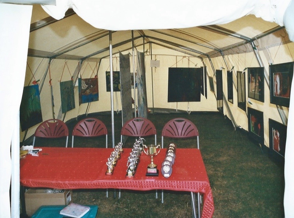 'the oxfordshire ball', 'yvonne heap marquee gallery', 2006(2)